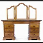 ANTIQUE STYLE MAHOGANY SLEIGH BED SET4