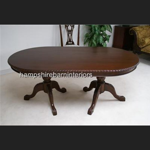 CHIPPENDALE TABLE IN SOLID MAHOGANY2