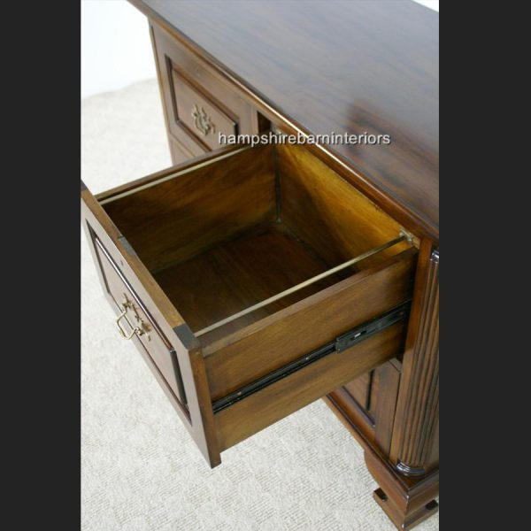 Four Drawer Cabinet (low)4