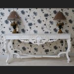 Gainsborough Console Table in Antique White with White Marble1