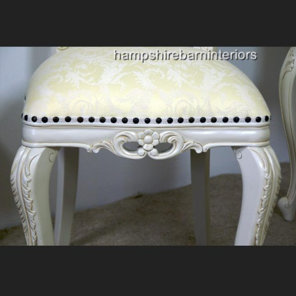 Heart Chair In Antique White2