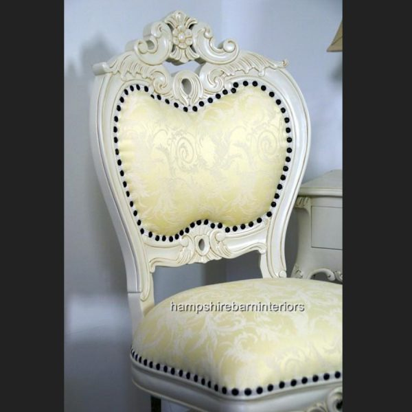 Heart Chair In Antique White3