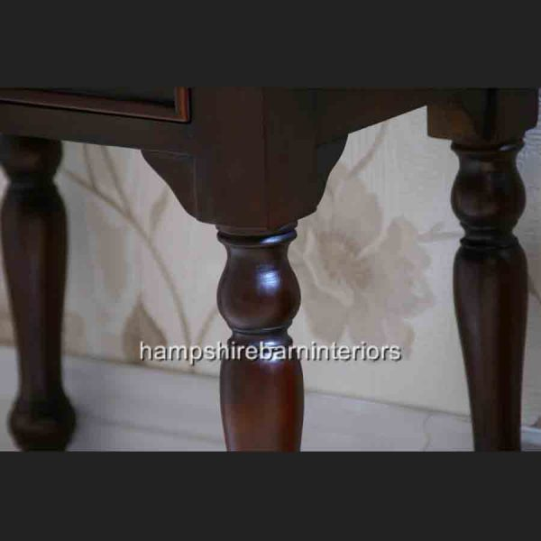 MAHOGANY SIDE LAMP TABLE 2