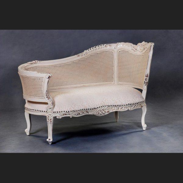 Rattan Chaise in Antique Cream
