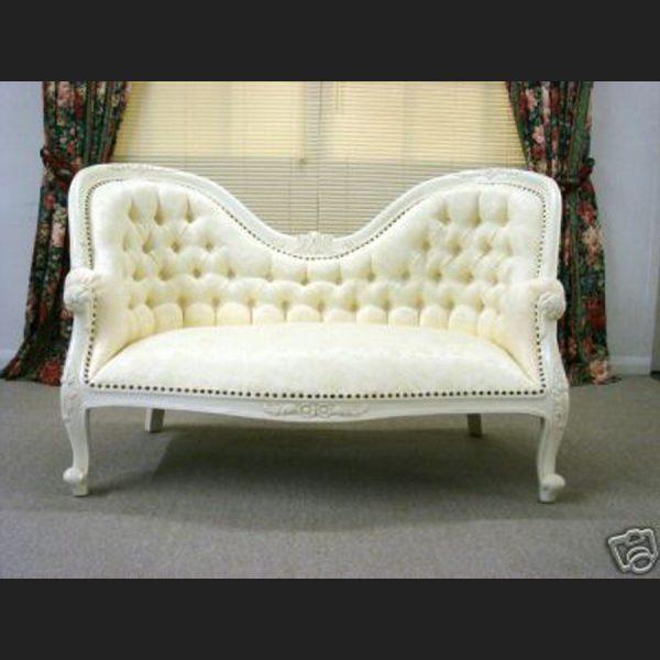 The Parisian Chaise Longue Antique in Antique White1