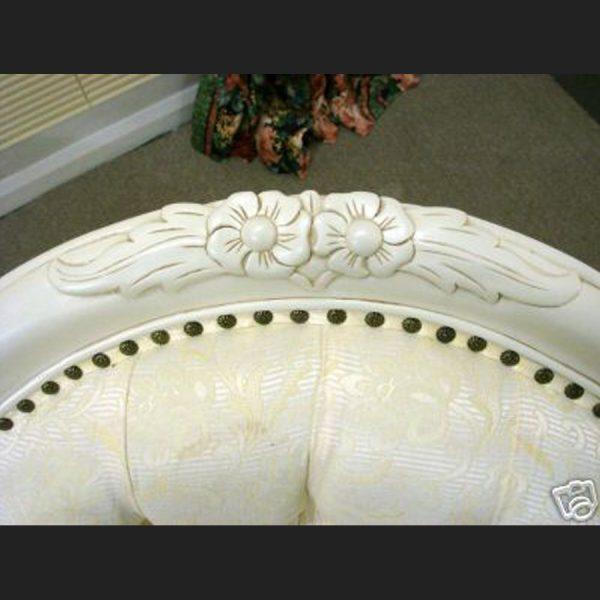 The Parisian Chaise Longue Antique in Antique White3