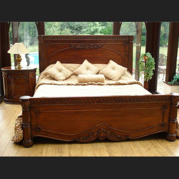 Windsor Mahogany Bed1