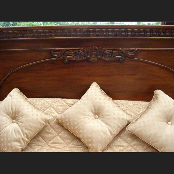 Windsor Mahogany Bed3